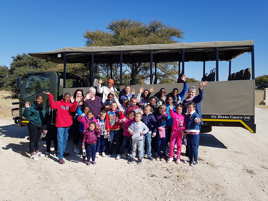 Happy travelers on our kids' club safaris